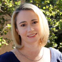 Joya Weinroth's Profile on Staff Me Up